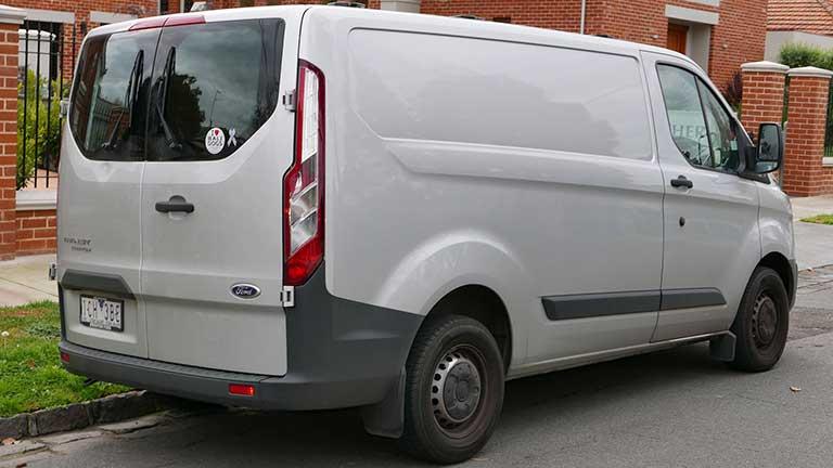 acheter une ford transit custom d 39 occasion sur. Black Bedroom Furniture Sets. Home Design Ideas