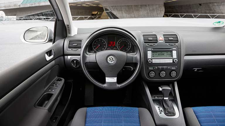 acheter une volkswagen golf 5 d 39 occasion sur. Black Bedroom Furniture Sets. Home Design Ideas