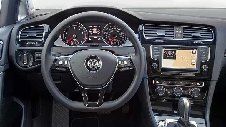 acheter une volkswagen golf 7 d 39 occasion sur. Black Bedroom Furniture Sets. Home Design Ideas