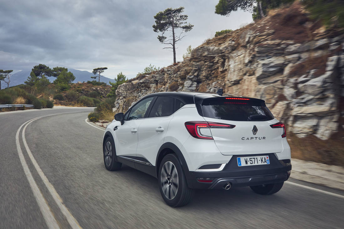 All-new-Renault-Captur-Arctic-White 012