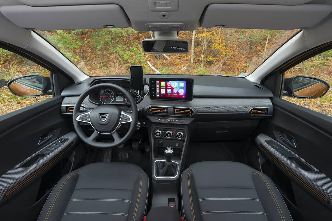 AS24 Sandero interieur