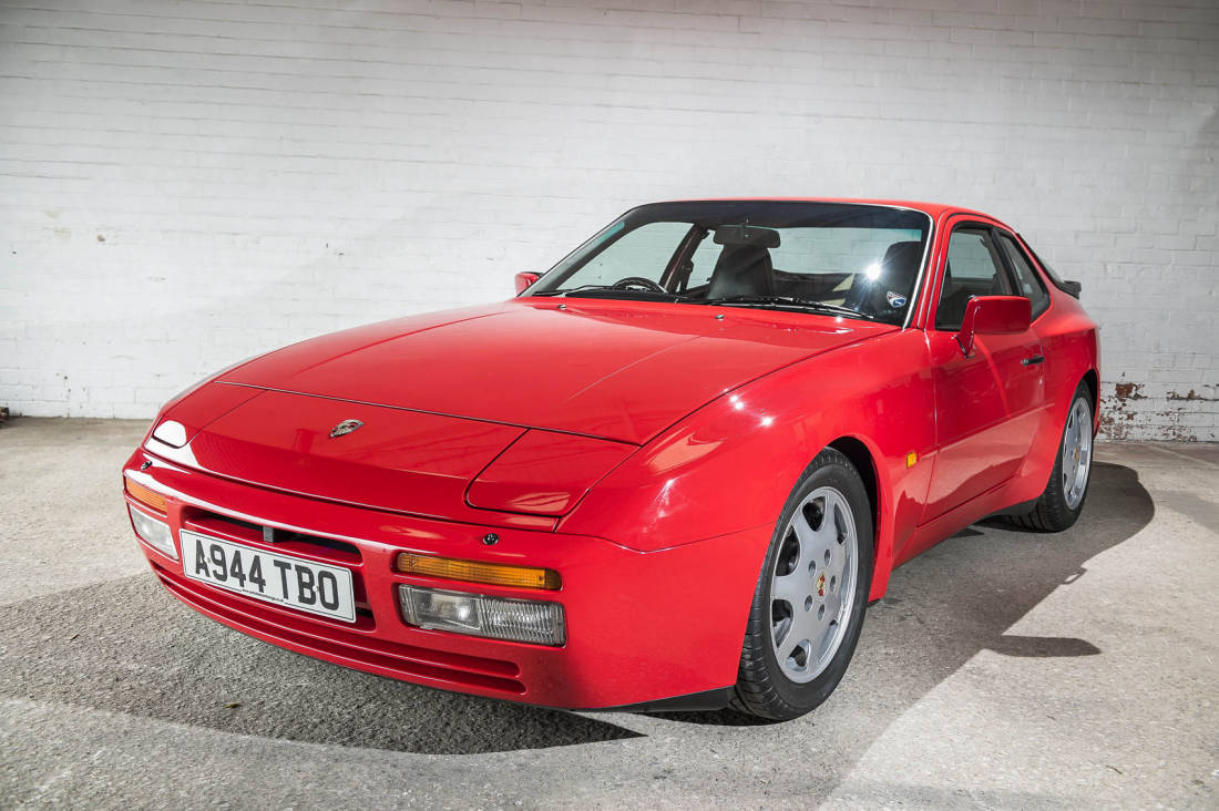 1988-Porsche-944-Turbo-S-front-angle-1