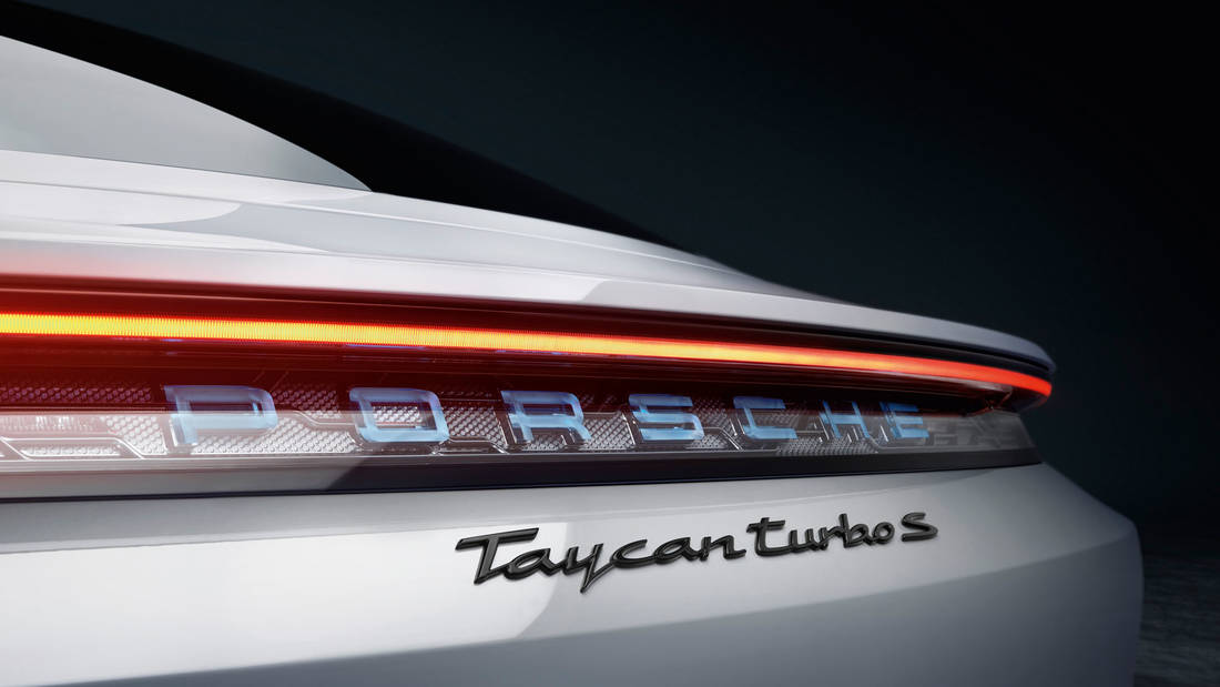high taycan turbo s 2019 porsche ag(5)