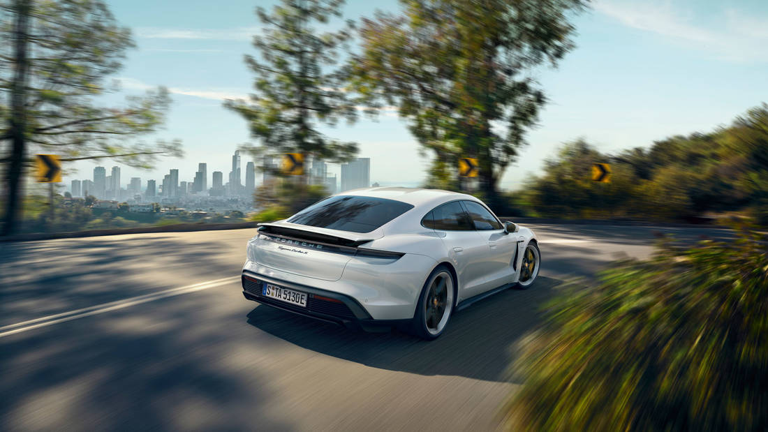 high taycan turbo s 2019 porsche ag(3)