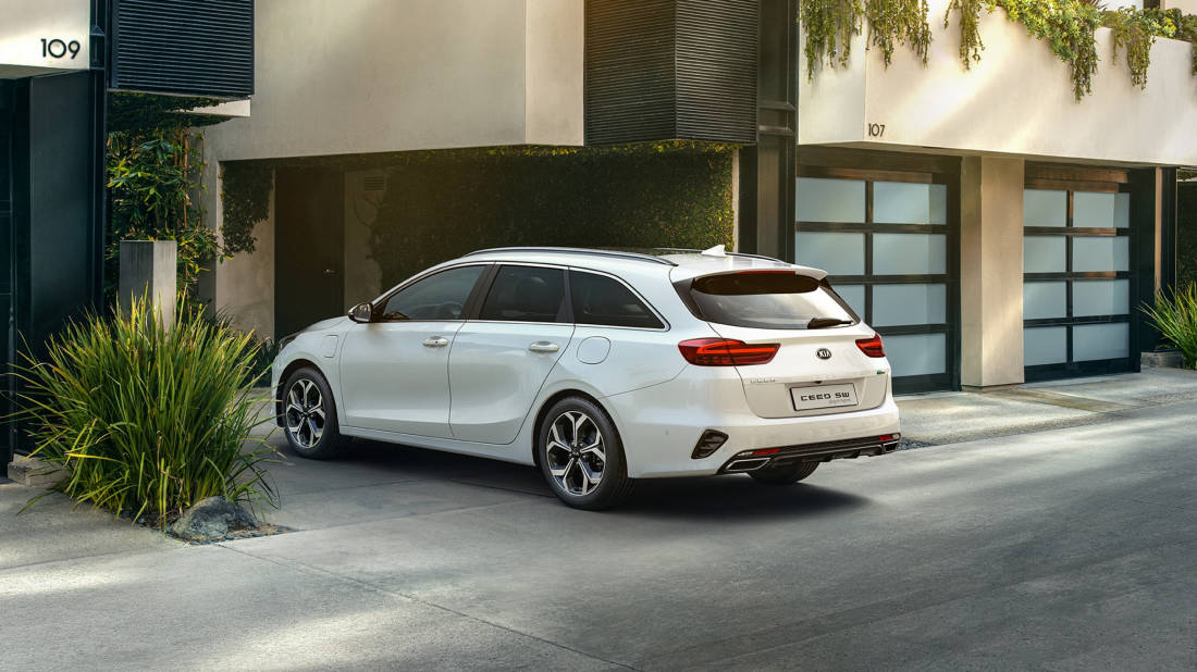 AS24 - Kia Ceed SW PHEV (2)